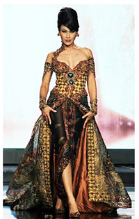 Indonesia Kebaya remodelled for an evening dress by Anna
